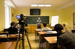 Вот так проходят занятия по курсу  «Жесткая риторика. Конфликтология. Деловые переговоры» в УЦ Успех (Киев)