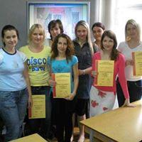 Студенты выпускники курса Декорирование интерьера в учебном центре Успех г.Киева