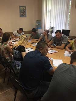 В киевском учебном центре Успех был проведён корпоративный тренинг  по продажам для сотрудников компании В мире стекла