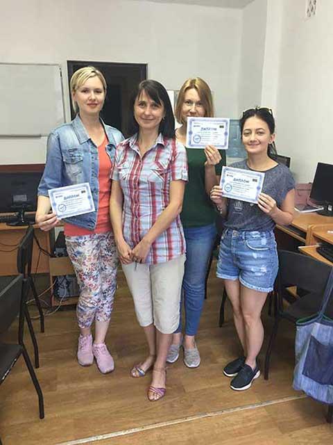 В учебном центре Успех  выпустилась группа по курсу Дизайнер компьютерной графики