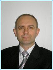директор учебного центра Успех, занимающегося компьютерными курсами,курсами бухгалтеров,курсами дизайна,курсами в Киеве,курсами иностранных языков